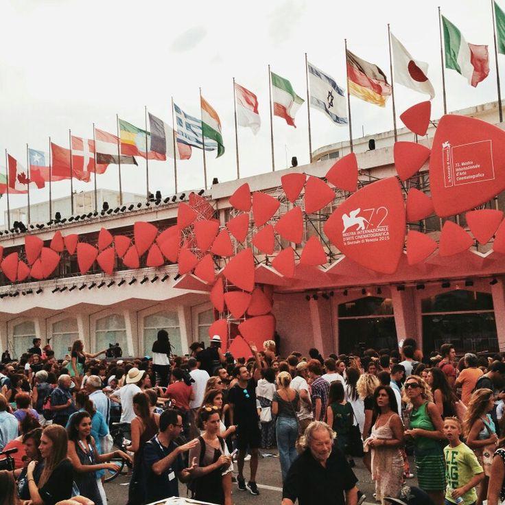 #Venezia72 #RedCarpet