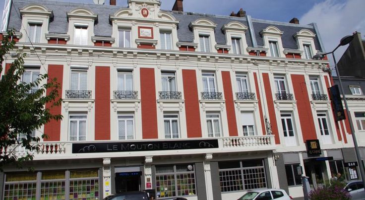 Logis Le Mouton Blanc Cambrai Located in the heart of Cambrai, the 19th century hotel Le Mouton Blanc welcomes you  for a comfortable stay.  The hotel has 23 single, double and family rooms.