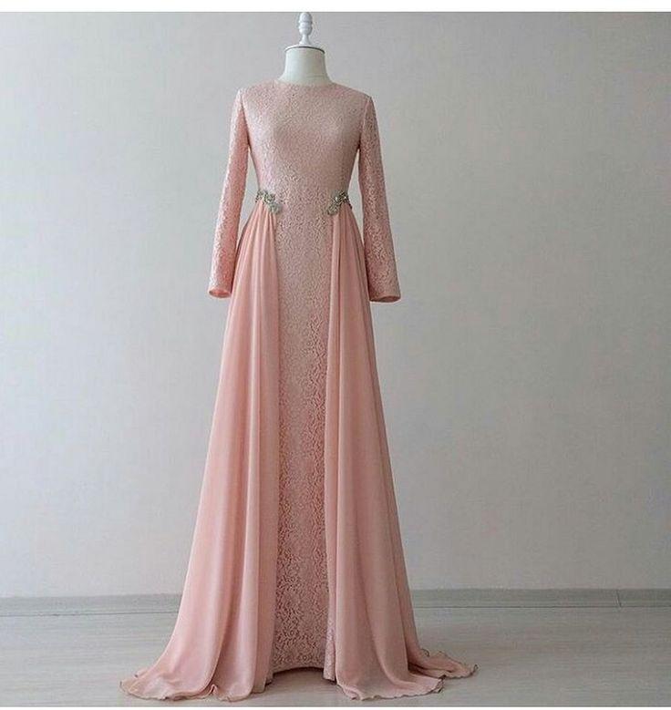 Gorgeous 60+ Wedding Moslem Dress Inspiration https://weddmagz.com/60-wedding-moslem-dress-inspiration/