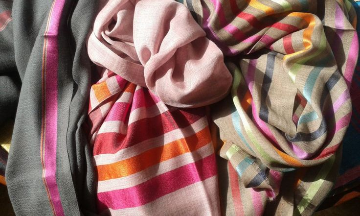 Buy silk, chiffon, cashmere or wool shawls for both women and men exclusively from Le Patio. #scarves #shawls #warm #orange #white #peach #women #fashion #silk #cashmere