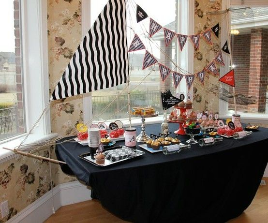 Awesome Pirate theme party! This is so cool, better not show my kids cos they'll realise what little effort I put into their birthday by heidi