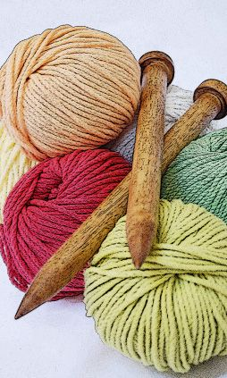 Lots of free patterns....Sally Melville website... excellent knitting site