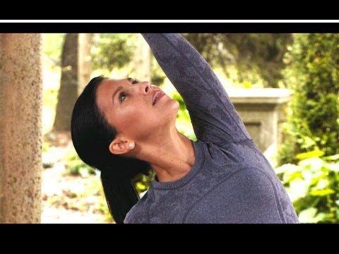 20 Minute Yoga Class with Hilaria Baldwin: Side Body & Hamstrings