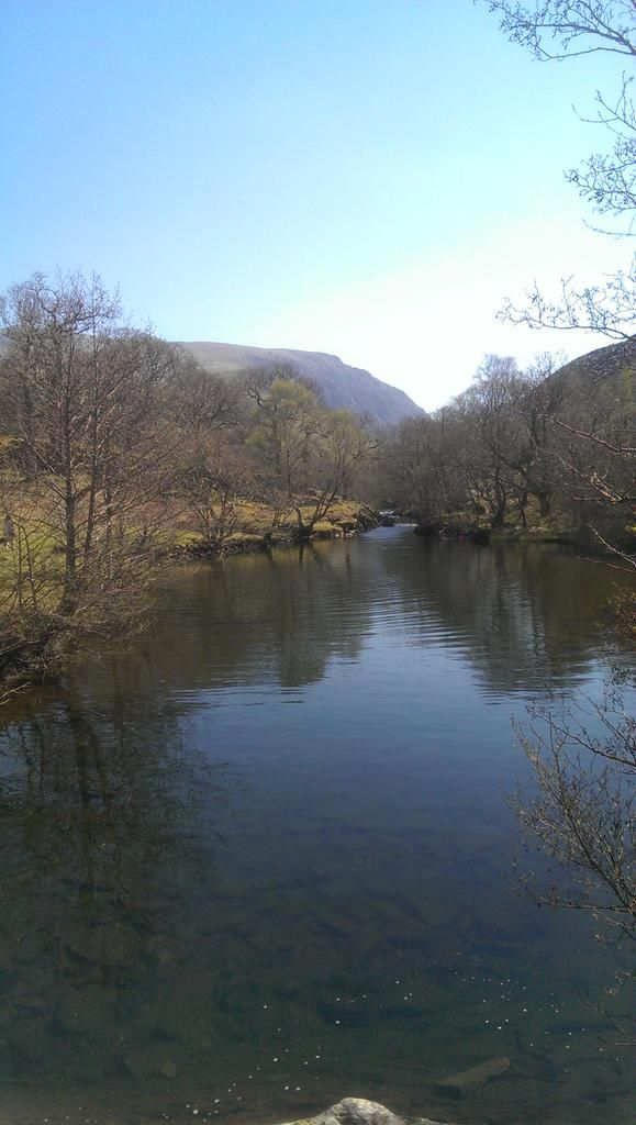 RT @tryfan03: River Ogwen nr Bethesda, it's not just mountains North Wales #Snowdonia