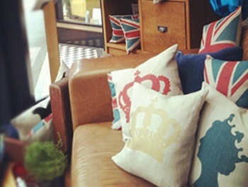 @coalandwright cushions adorn our Vintage Leather Square arm sofa