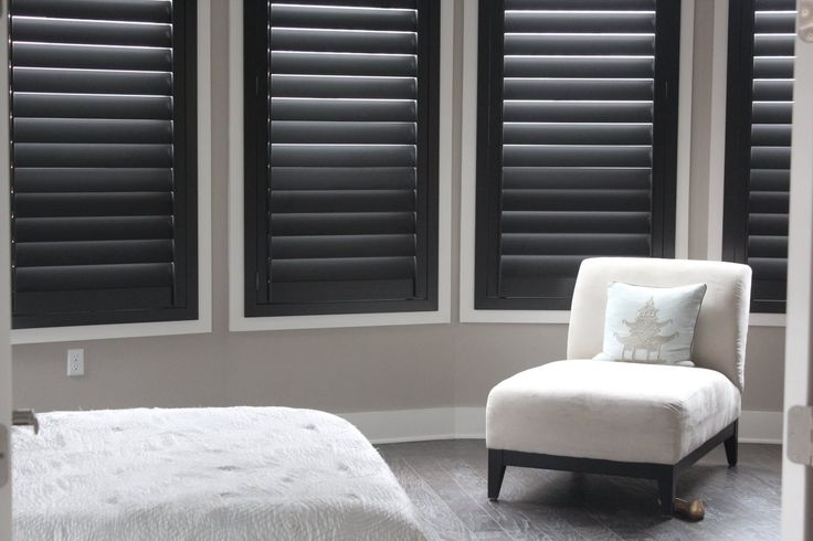 25 best ideas about plantation shutter on pinterest curtains blinds and shutters neutral for Black window shutters interior