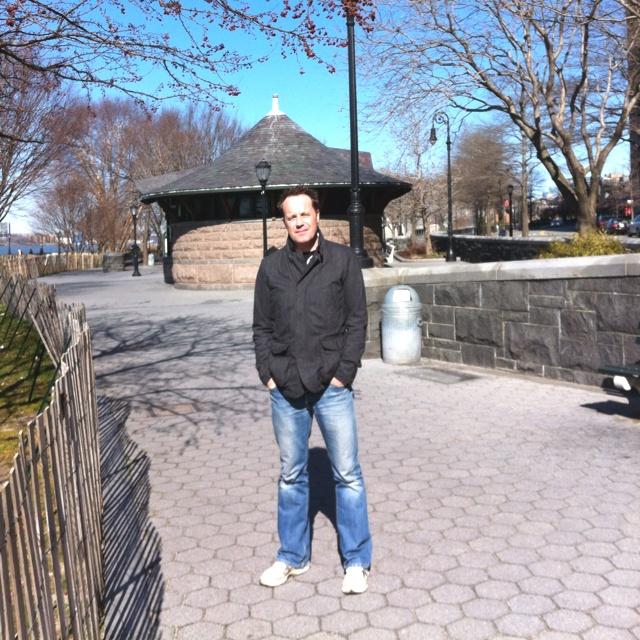 Hudson Riverside walk, NYC