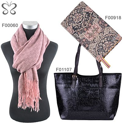 #leather #shopper #scarf #notebook