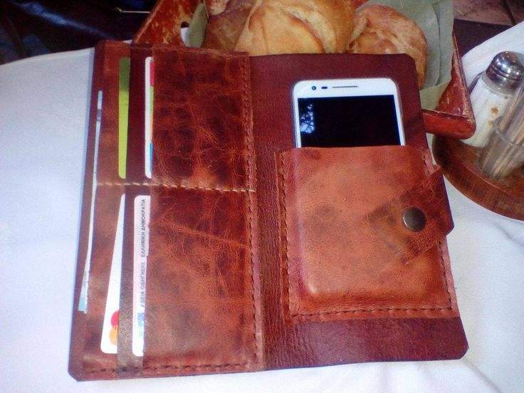 handmade leather wallet and mobile case by leather crafts anthi
