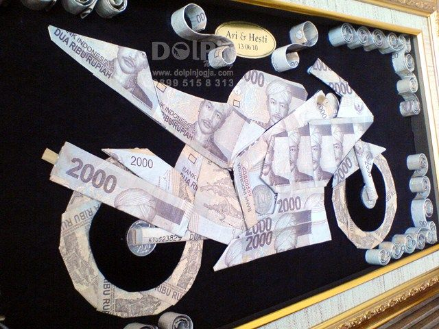 Mahar Uang Unik Berbentuk Motor Sport - Dolpin Wedding #MaharUang #Mahar #papercraft #wedding #Nikah