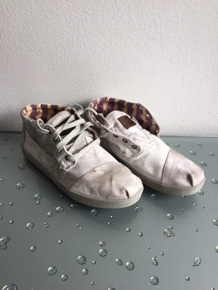 TOMS NEW Women's Casual White Canvas Lace Up Sneakers Shoes in 8.5 $105 #TOMS #Sneakers #Casual