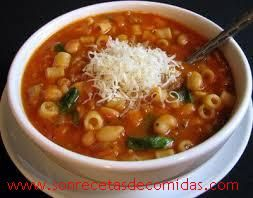 Sopa de granos y pasta   Recetas de Comidas