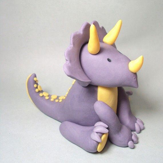 Triceratops Cake Topper für Dinosaurier-Geburtstagsfeiern und anderen Veranstaltungen
