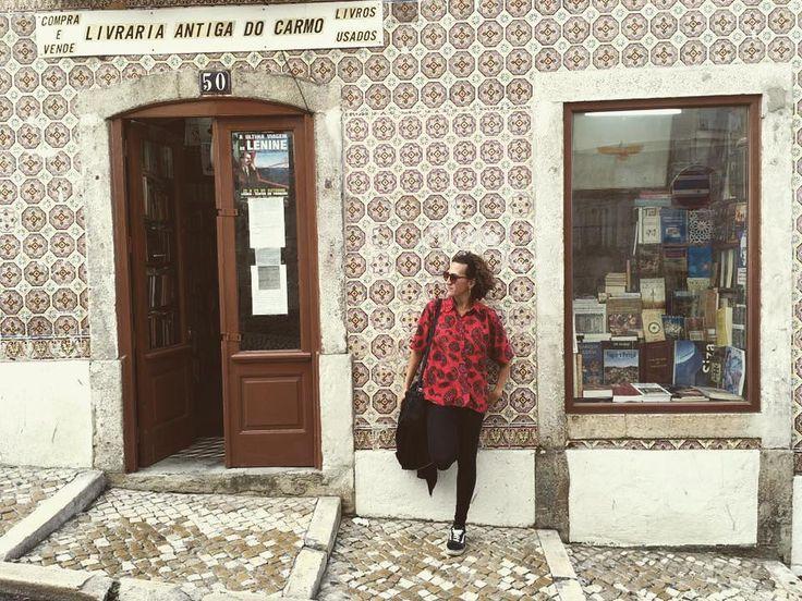 El lenguaje que dice la verdad es el lenguaje Sentipensante. El que es capaz de pensar sintiendo y sentir pensando. Eduardo Galeano  #Portugalmehizoami #elviajemehizoami  #iamtb #travel #travelblogger #travelingram #traveling #traveler #travelgram #traveller #travelingram #travels #travelphotography #travelphoto #traveltheworld #traveladdict #travelblog #travellife #travelblog  #mytravelgram #instatraveling #trip #instatravel #wanderlust #mytravelgram #tourism #ilovetravelling
