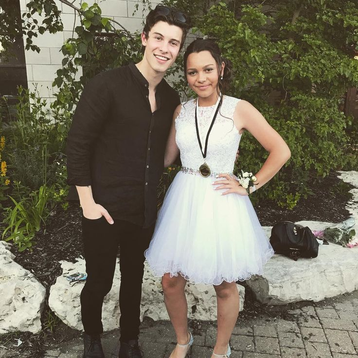 "1.4m Likes, 16.4k Comments - Shawn Mendes (@shawnmendes) on Instagram: ""Very proud of you @aaliyahmende.s , love you x"""