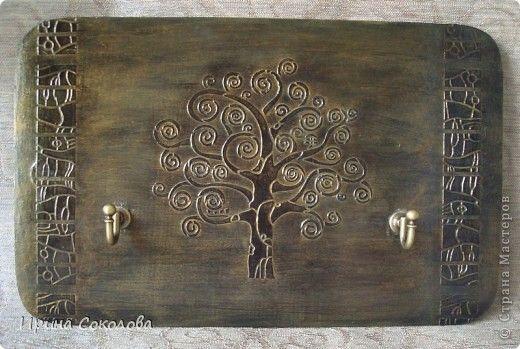 Декор предметов Картина панно рисунок День рождения День семьи Декупаж Ключница Волшебное дерево Клей Краска Салфетки фото 1