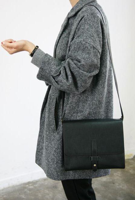 classic minimalistic style, simple coat and black satchel