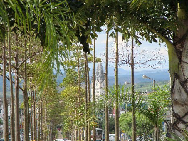 Araxá, Minas Gerais - Parte 1 - SkyscraperCity