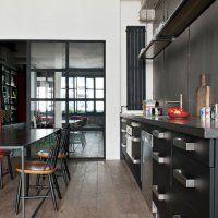 Décoration cuisine : des cuisines noires et blanches - Marie Claire Maison