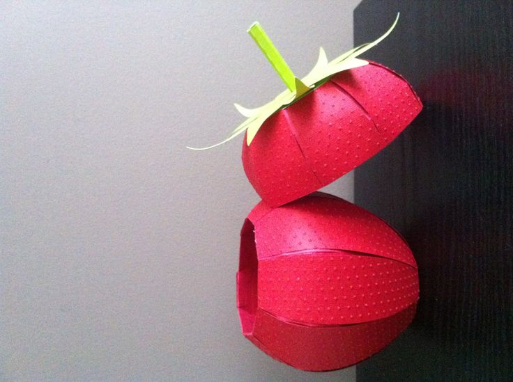 Strawberry box! I used my cuttlebug of course to emboss it- #myscrapchick