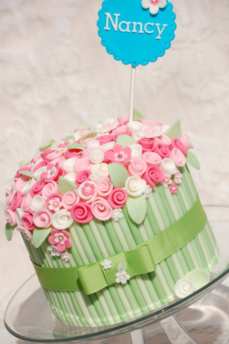 29 best cakes big birthdays images on pinterest birthdays small flowers bouquet cake izmirmasajfo