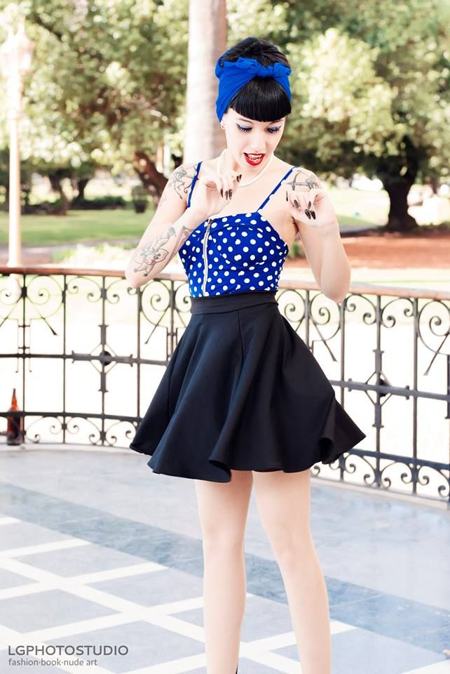 Blue Black White Dotted Dress / Rockabilly 50's Fashion Photography / Retro Pin Up Girl / Woman // ♥ More at: https://www.pinterest.com/lDarkWonderland/