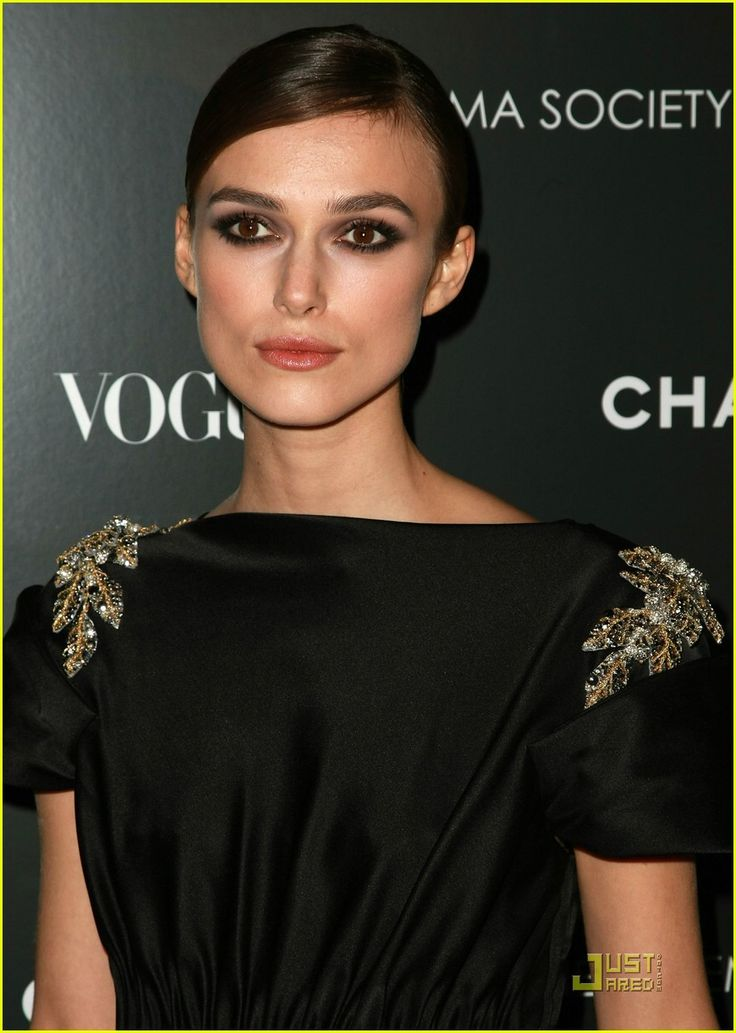 keira-knightley beautiful cheekbones