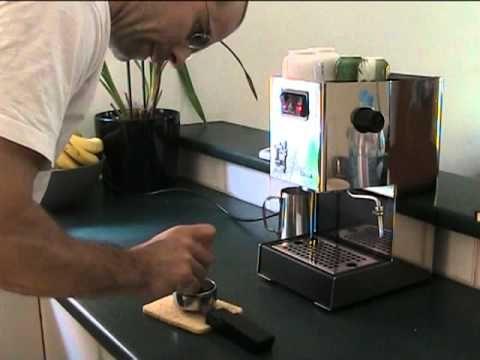 Making Espresso Coffee with Gaggia Classic Coffee Espresso Machine