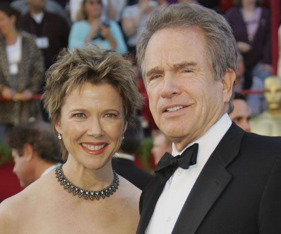 Annette Bening is as beautiful as she is talented, but this orangey lipstick shade and punky hair don't flatter her features as much as they could at the 2005 show.