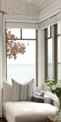 Love everything about this. The windows, the white paneling.. I want this in my house