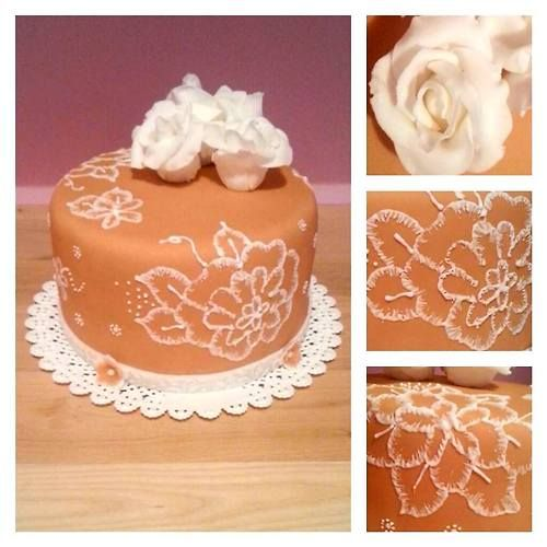 Cake with royal icing
