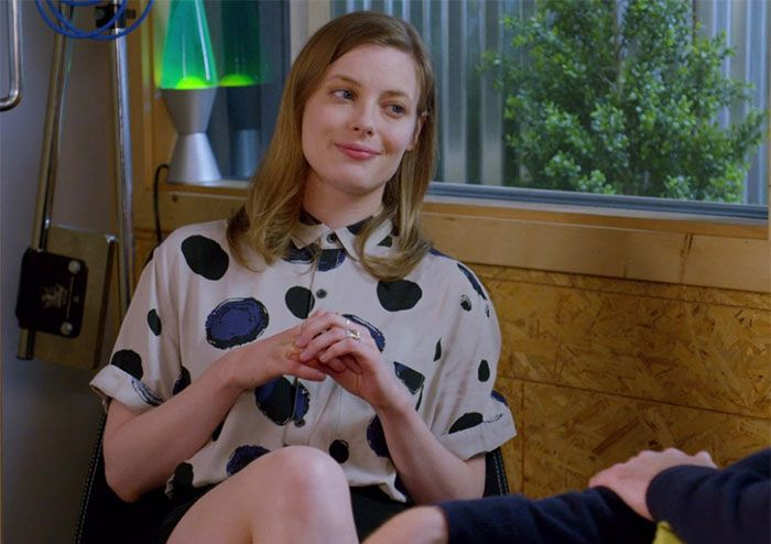Gillian Jacobs in Love by Netflix - Love the show, lover her character's Annie Hall meets Cali punk meets office professional slightly chaotic style mix!