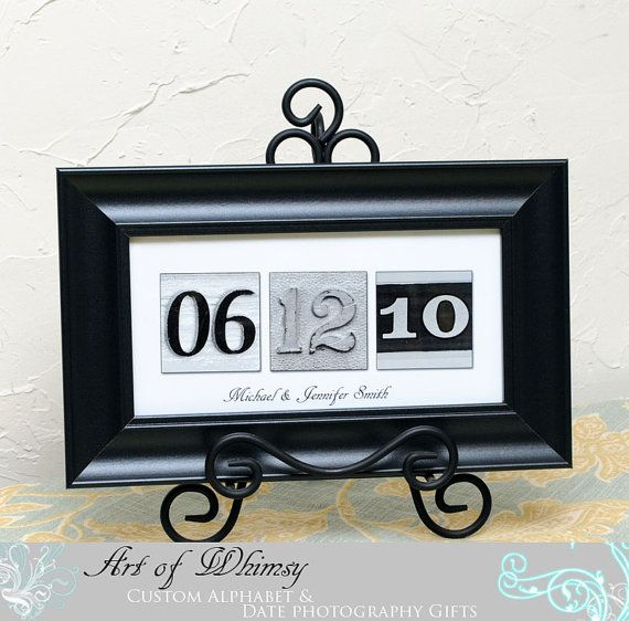 Framed anniversary dateFrames Anniversaries, Numbers Photos, Gift Ideas, Anniversaries Ideas, Paper Anniversaries Gift, Anniversaries Dates, Anniversary Ideas, Gift Anniversaries, Wedding Gifts