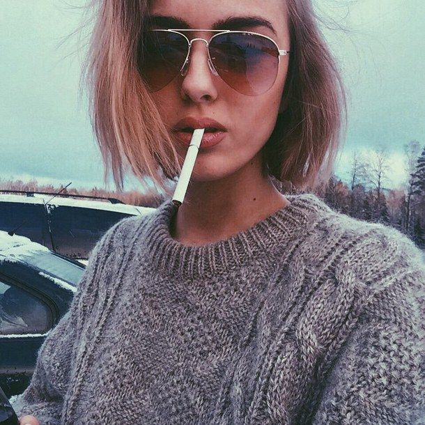 https://i.pinimg.com/736x/ac/e1/65/ace165d96ef0c49b5f2ebbc34d5d98d1--hair-cut-grunge-fashion.jpg