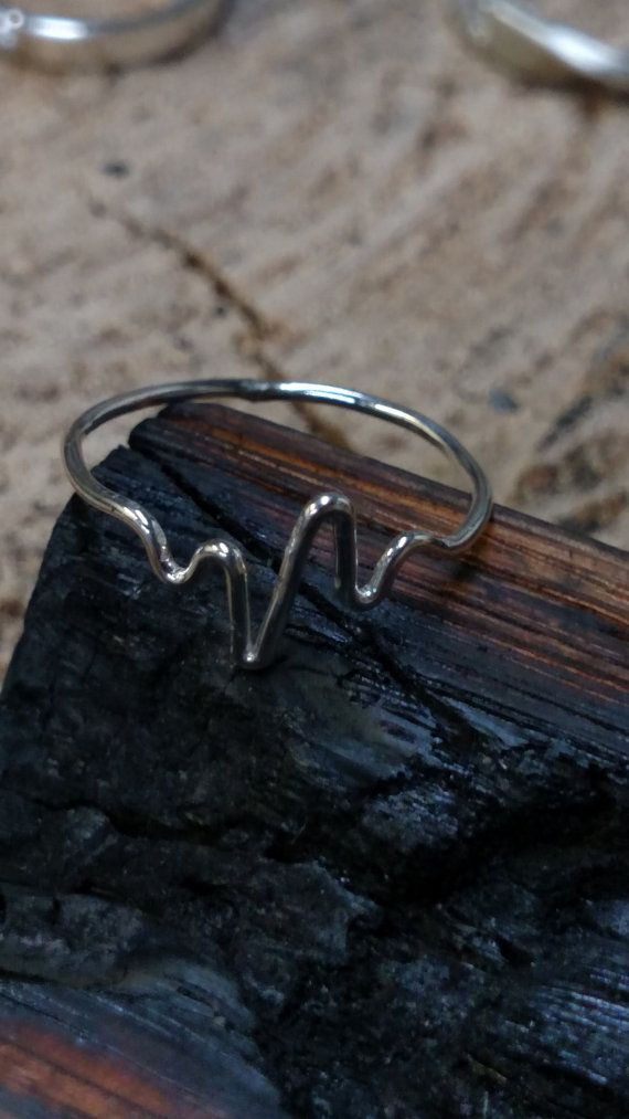 E.K.G HeartBeat Ring solid Sterling silver EKG ring, Heart beat ring Gift for Nurse Doctor Md heart patient sister mom grandma friends