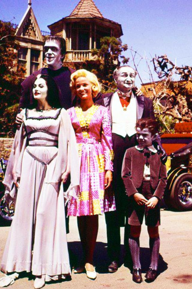 30 best Munsters & Addams images on Pinterest | Adams ...