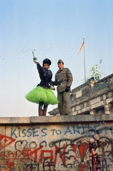 The Wall East/West Berlin disappears, November 1989 by Steve McCurry, Hello West Germany! Hello East Germany! <3<3<3