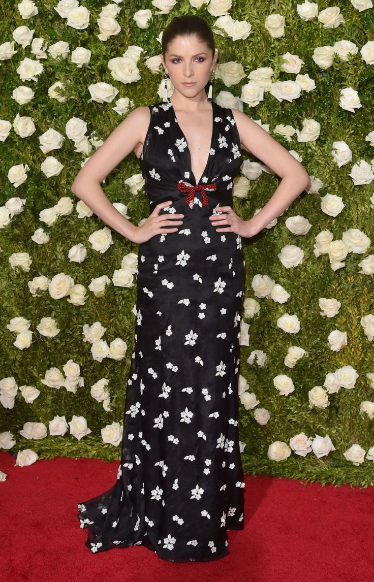 De 20 bäst klädda kändisarna på Tony Awards 2017 – här är de snyggaste klänningarna på röda mattan!