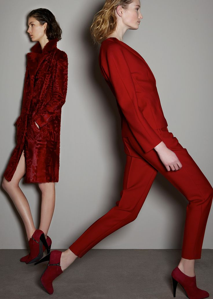 Giambattista Valli - what's the colour for pre-fall you say? #fashion #Trends #suitup #women #style #designer #design