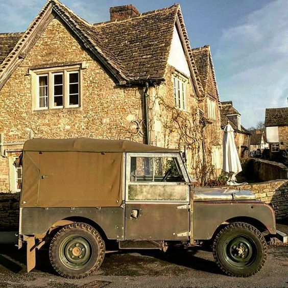 Land Rover 86 Serie One soft top canvas.