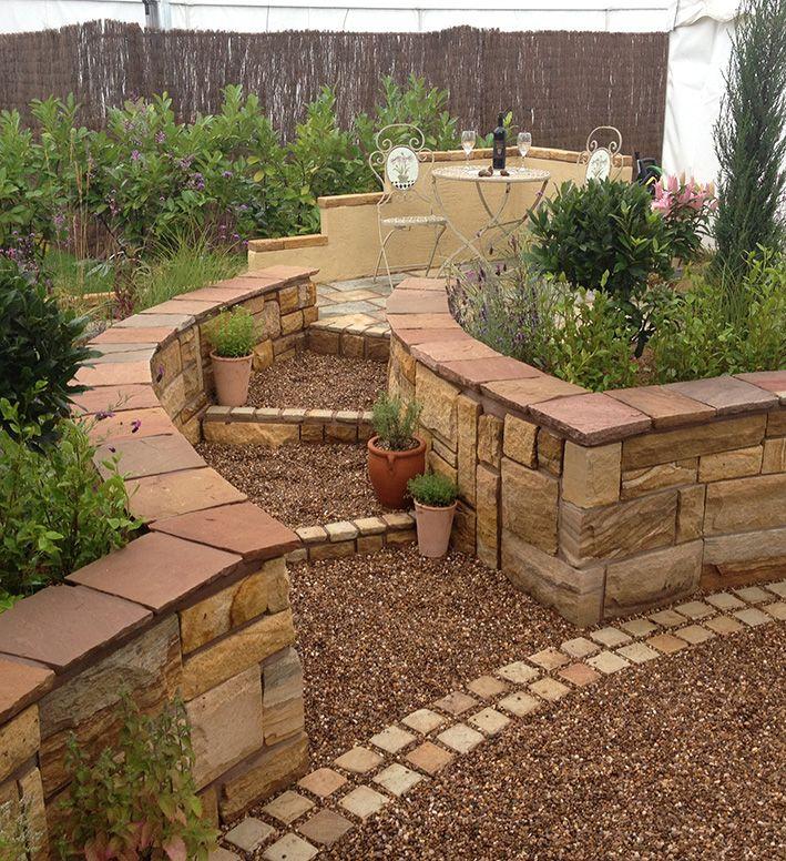 Kirkstallstone Sandstone Walling | Landscaping | Garden Wall | Natural Stone | Country Garden | Calico Cobbles
