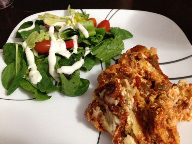 I've made regular Gluten Free lasagna before and even tasty Baked Ziti.  So when I was planning last week's menu I decided to add a twist and try Gluten Free Crock Pot Lasagna.  When we i...