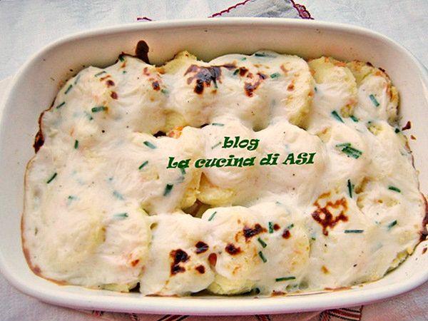 un CLASSICO come gli gnocchi alla romana reso particolare dal condimento fatto con salmone affumicato Ricetta primo piatto pesce La cucina di ASI