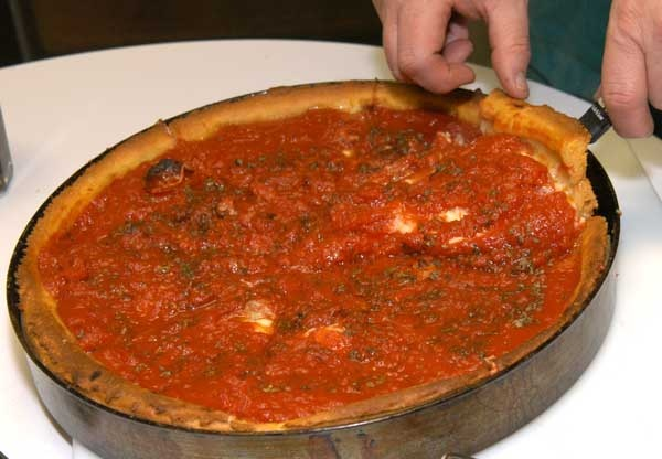 FOOD: Chicago Style Deep Dish Pizza - A Primer - EDF Forum - Politics, Lifestyle, Travel and Gambling: Deep Dish Pizza, Deep Pools, Gamble, Food, Edf Forum, Deep Dishes Pizza, Chicago Style, Style Deep, Chicago Deep