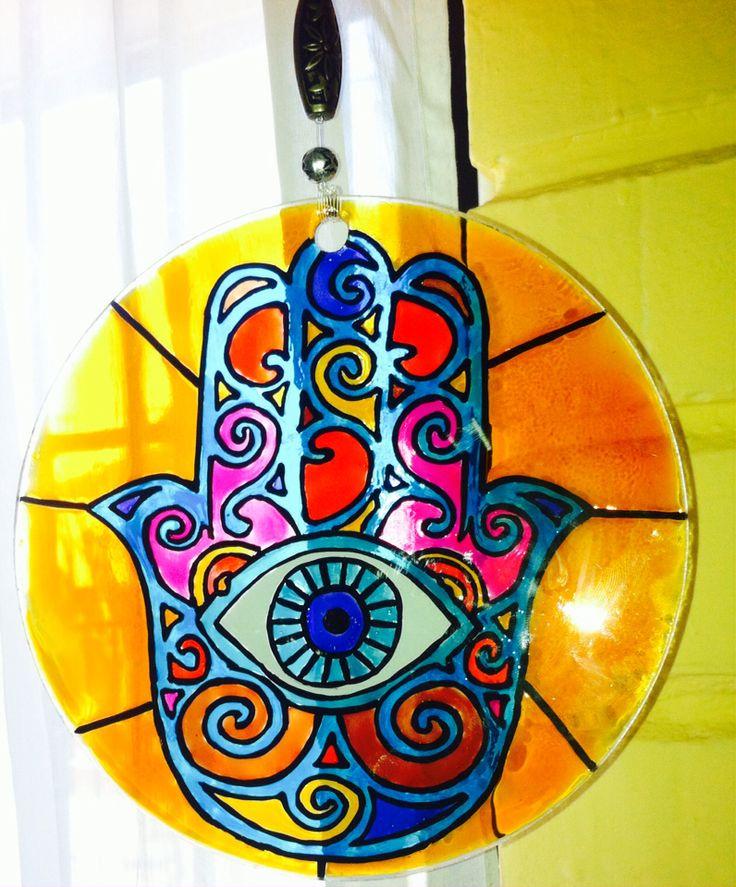 Mano de Fátima pintado en vidrio...