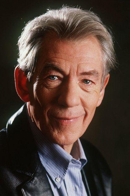 Sir Ian McKellen; hij is inmiddels al (heel wat) ouder, maar hij zal altijd behoren tot The Beautiful People......