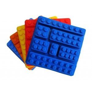 Forma de silicone para fazer gelo em formato de lego.