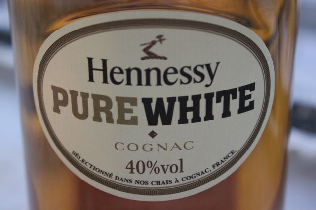 Hennessy Pure White review and tasting notes, the white Henny? Why is it called white. Available in Bahamas, at a price of $50-60 from Grande Champagne, Borderies
