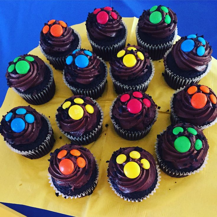 Easy paw patrol mini cupcakes!