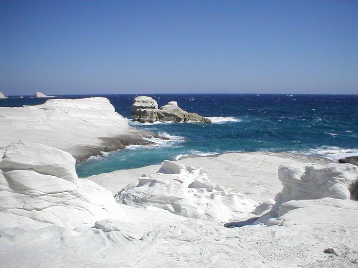 The amazing beach of #Sarakiniko on #Milos island #Greece #KeyTours